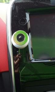 Reference - Magnetický držák na mobilní telefon do auta 9