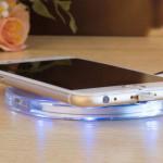 Bezdrátová nabíječka pro mobilní telefony Qi Wireless – s mobilem 2